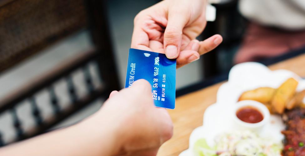 banking-bill-breakfast-1332191.jpg