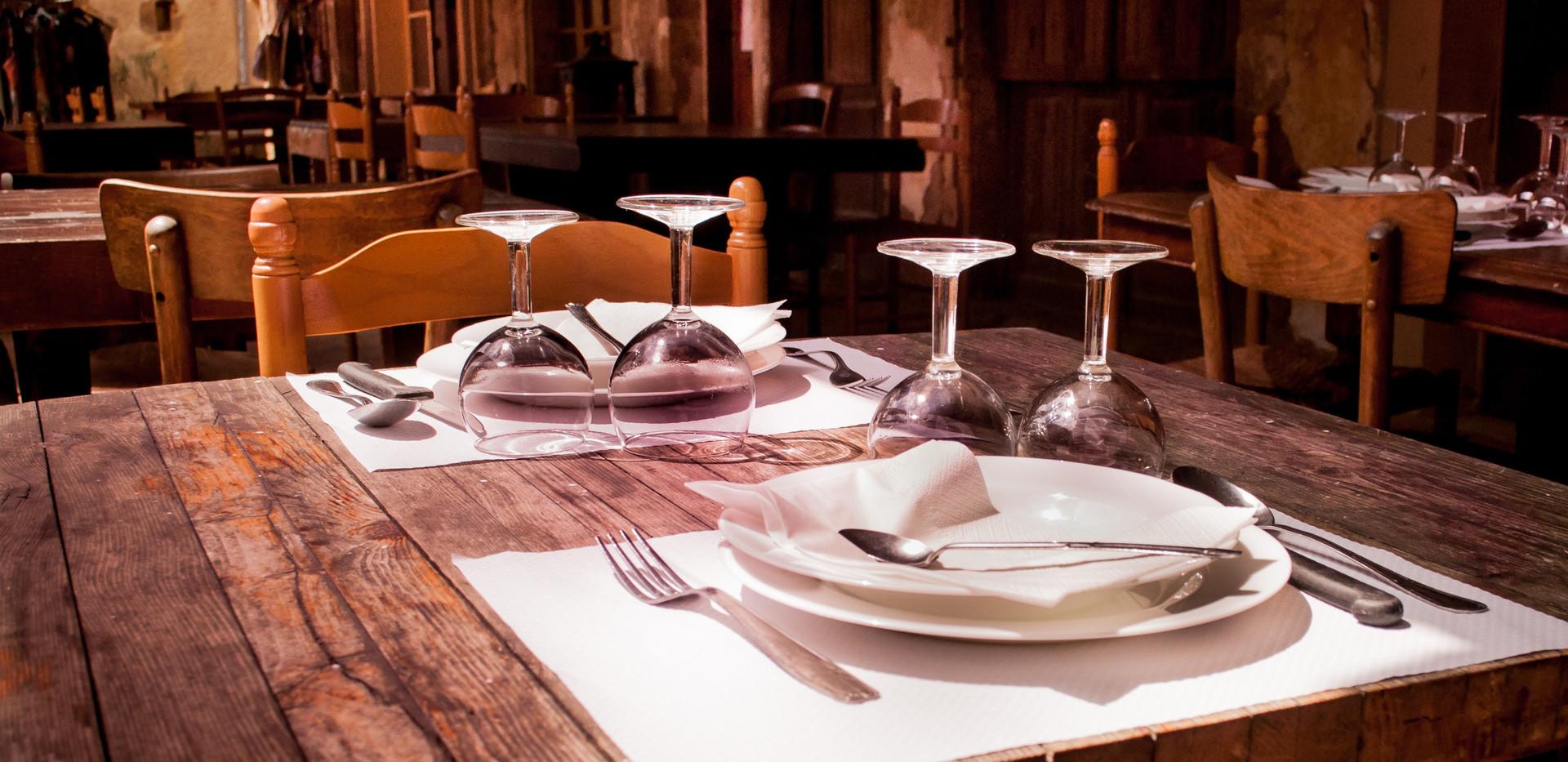 chairs-cutlery-fork-9315.jpg