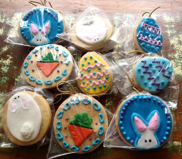 Cookies amanteigados decorados em pasta americana. As crianças vão pirar! Faça sua encomenda.