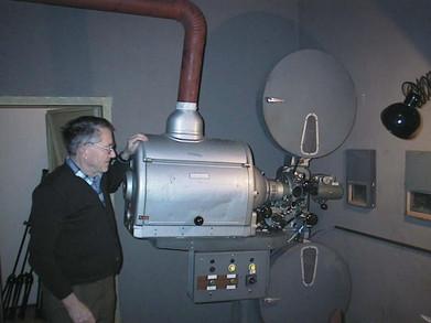 Franz Peyerl und seine Bauer P5 Projektoren