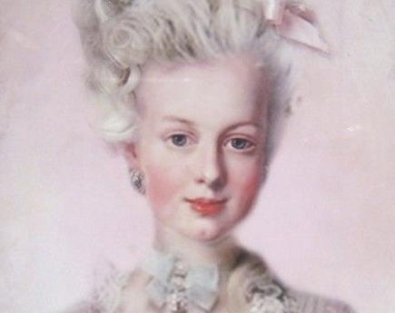 Pink Marie-Antoinette.png