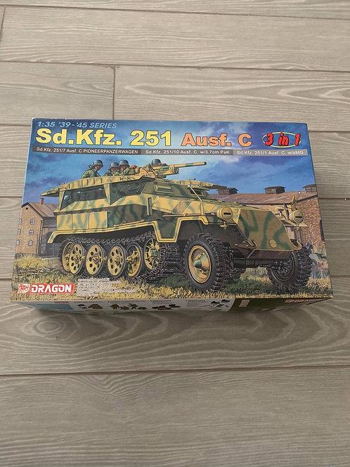 Sd.Kfz.251 Ausf.C Pioneerpanzerwagen 3in1