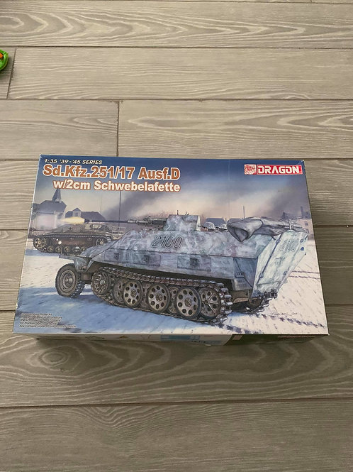 Sd.Kfz.251/17 Ausf.D w/2cm Schwebelafette