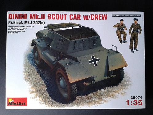 Dingo MK2 Scout car w/crew