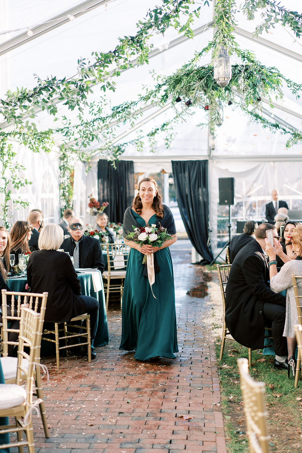 Clear Tent, Micro Wedding, The Commons 1854, Marcela Plosker Photography