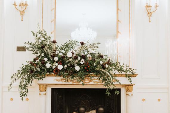 Tupper Manor Wedding Flowers, Tupper Manor Mantle,Elizabeth Willis Photography, Tuppor Manor, Beverly MA, Wedding Flowers, Fleur + Stitch, Fleur and Stitch, Fleur & Stitch