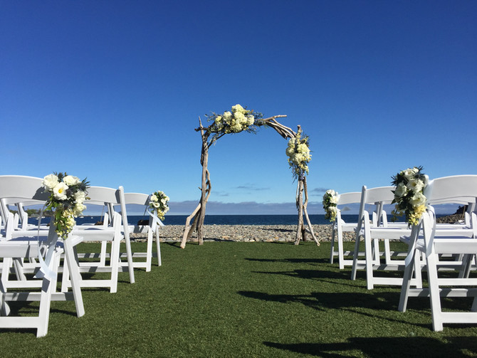 Lina + John: Beach Romance at The Oceanview of Nahant, MA