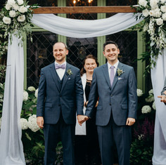 Willowdale Estate, Arbor, Courtyard Ceremony, Fleur + Stitch, Fleur and Stitch, Fleur & Stitch, Erica Ferrone Photography