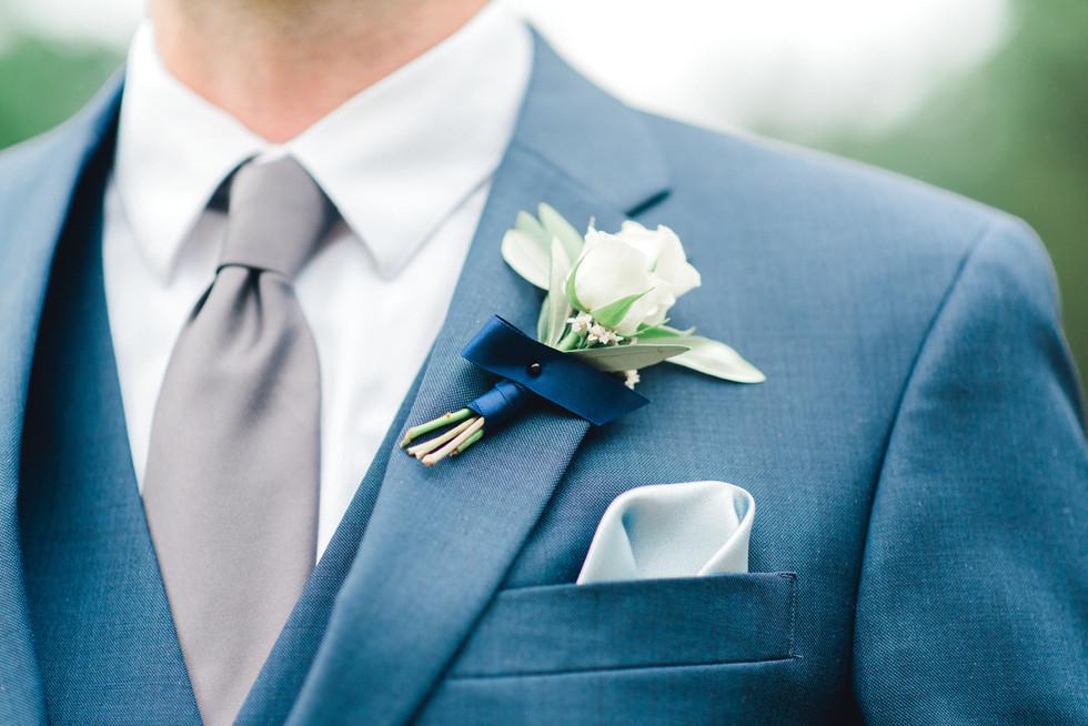 Fleur + Stitch, Fleur and Stitch, Fleur & Stitch, Lindsay Connors Photography, Glen Magna, Wedding Flowers, Wedding Florist, Tent, Tent Flowers