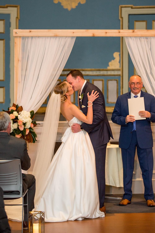 Ame's Hall Wedding, Salem MA,Free Bird Photography, Fleur + Stitch, Fleur and Stitch Wedding Flowers