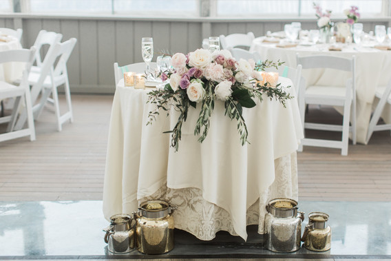 Meredith Jane Photography, The Popponoset Inn, Fleur + Stitch, Fleur & Stitch, Fleur and Stitch, Wedding Flowers