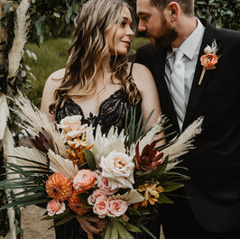 Dark and Moody Lakeside elopement, Fleur and Stitch, Lexi Foster Photography