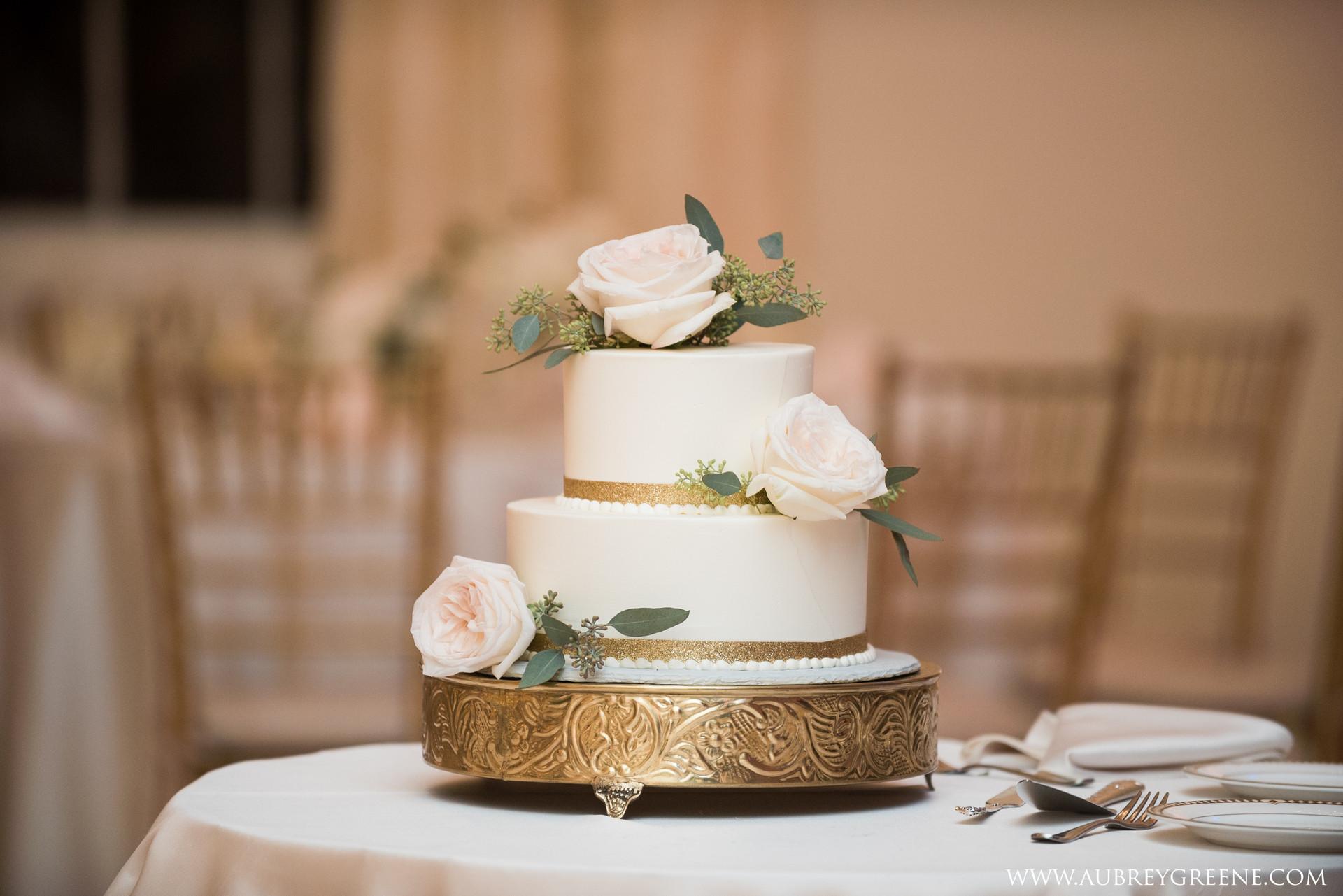 The Commons 1854 Wedding Flowers, Fleur + Stitch, Fleur and Stitch, Fleur & Stitch, Aubrey Green Wedding Photography