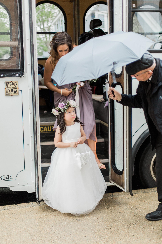 Meredith Jane Photography, The Popponoset Inn, Fleur + Stitch, Fleur & Stitch, Fleur and Stitch, Wedding Flowers