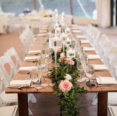 Willowdale wedding flowers, Willowdale farm tables, Fleur and Stitch, Fleur + Stitch, Dan Aguire Photography