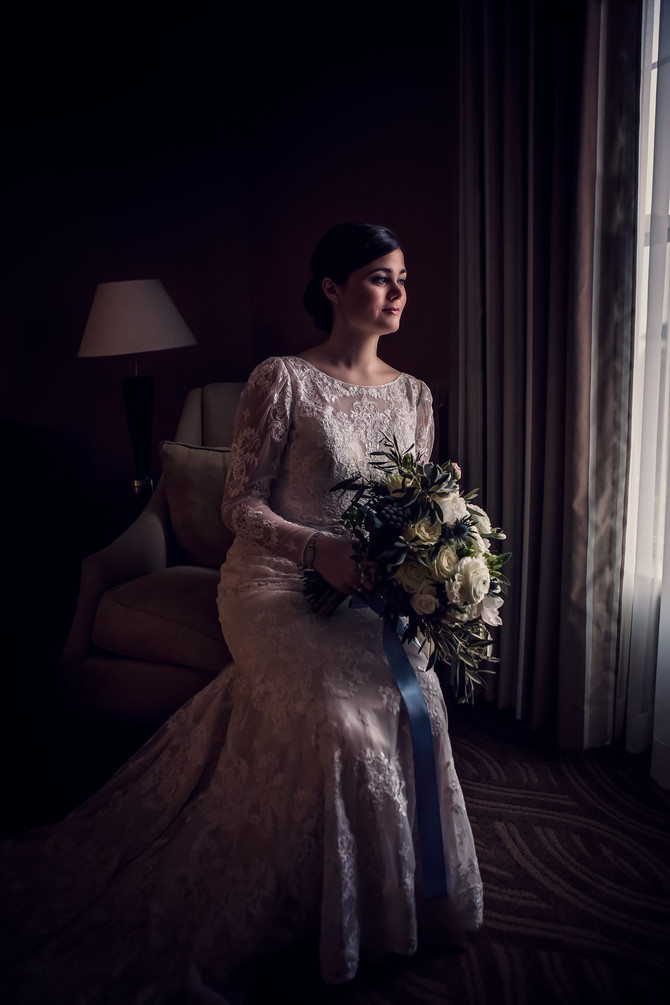 Lauren + Mike: Tuscan Romance in Historic Salem, Colonial Hall