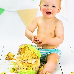 Seb's Cake Smash!