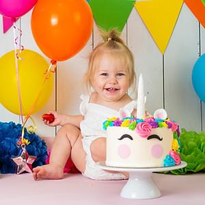 Isla's Cake Smash!