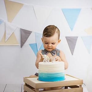 Alessandro's Cake Smash!
