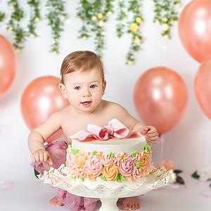 Airlie's Cake Smash!