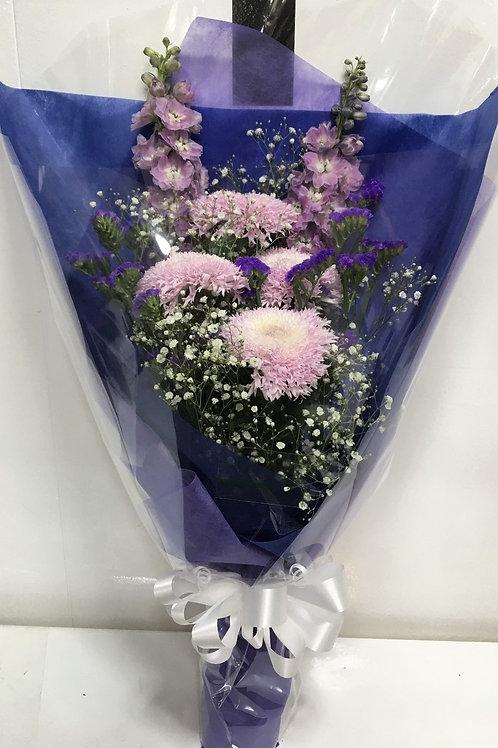 F5215-仏花束 パープル系-菊・デルフィニウム・カスミソウ・スターチス 01