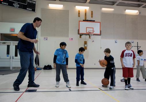 Gheorghe Muresan coaches youth basketball in Northern Virginia - Washington Post