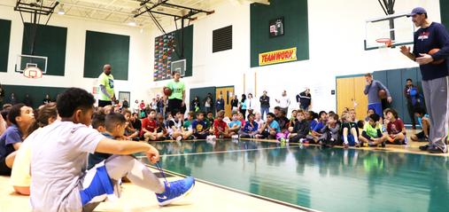 Tallest Basketball Player Helps Ashburn's Pint-Sized Athletes - LoudounNow