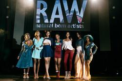 1086-raw artists show september 2017-edi