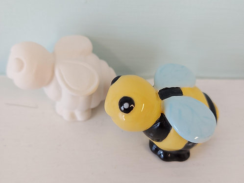 Bee tiny topper
