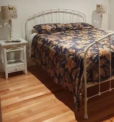 Highgrove Cast Bed