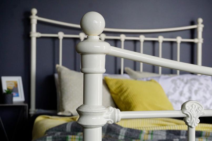 Sussex Cast Iron Bed