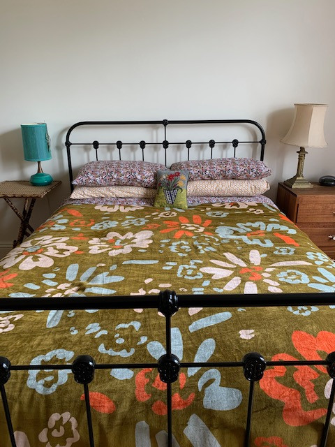 Chelsea Cast Iron Bed