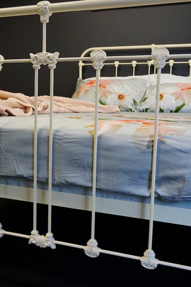 Surrey Cast Iron Bed