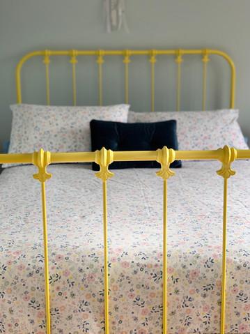 Kensington Cast Bed