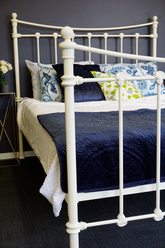 Sussex Cast Iron Bed