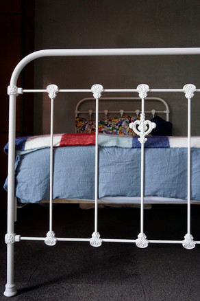 Dover Deluxe Cast Iron Bed