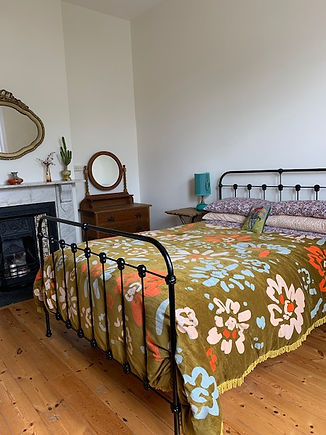 Empire Beds. Australian Made beds. Chelsea Cast Iron Bed. Cast Bed. Childrens's Beds. Wrought Iron Beds. Cast Bed reproduction. Cast Iron Beds frames