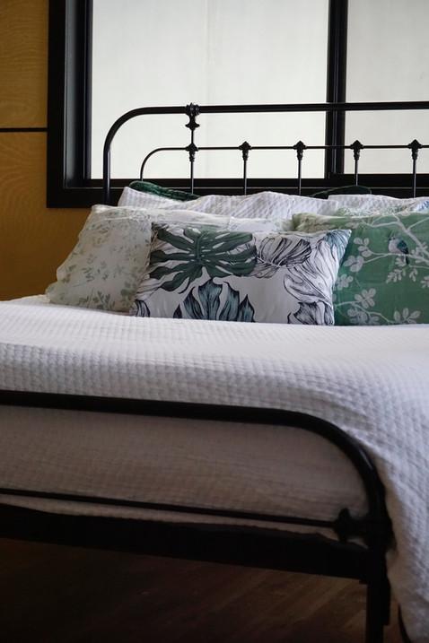 New Hampsire Cast Iron Bed