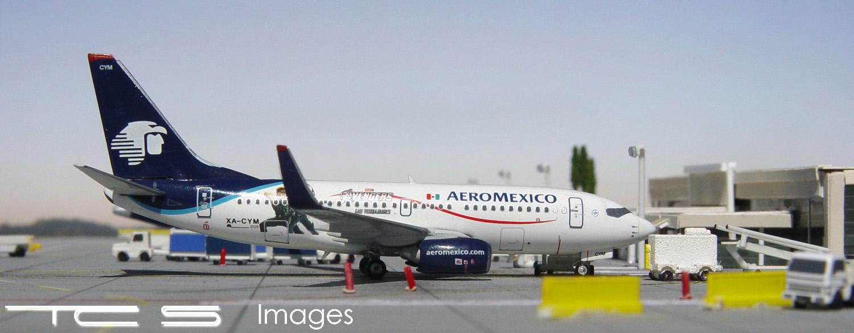 AeroMexico 737-700