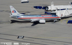 American Airlines 737-3A4