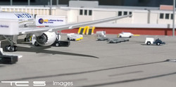 United Airlines 787-8