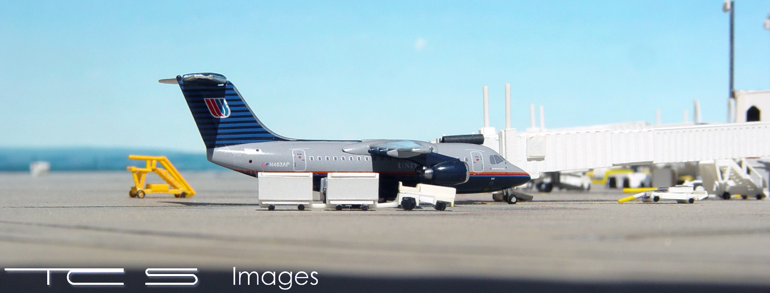 United Express BAe 146