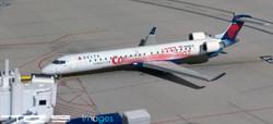 Delta Connection CRJ900