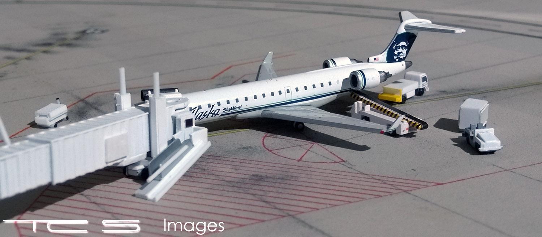 Alaska Airlines Bombardier CRJ700