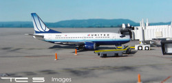 United Airlines 737-500