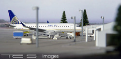 United Express ERJ-175