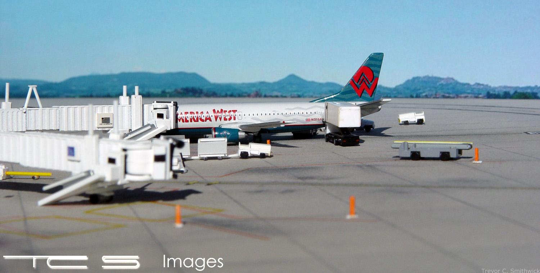 America West 737-300