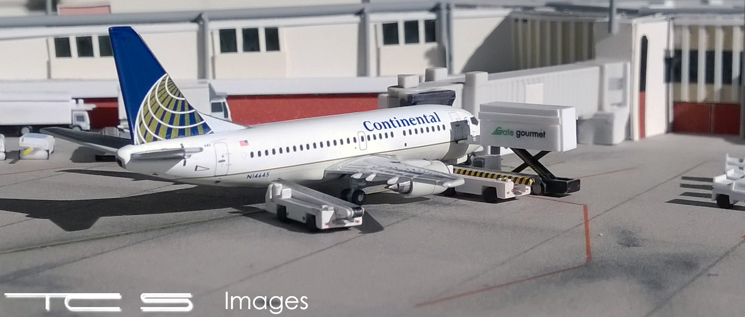 Continental Airlines 737-500