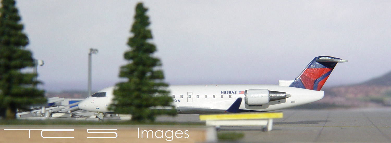 Delta Connection CRJ-200