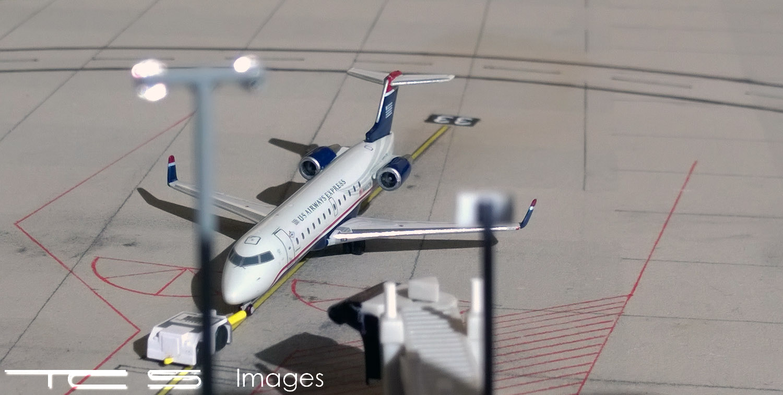 USACRJ200B3flat.jpg
